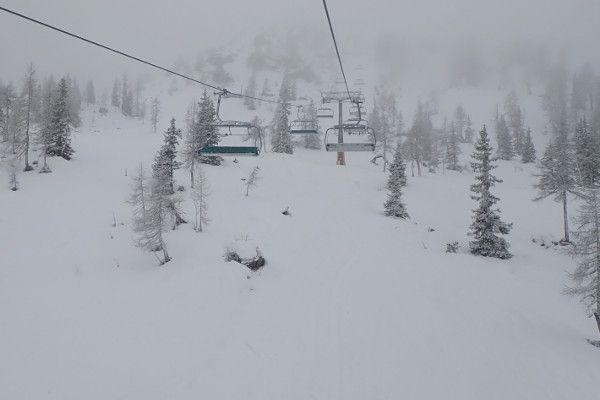 de eerste pistedag van wintersport 2020-2021