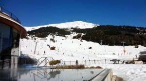 wintersport in maart - ga je zwemmen of skiën?
