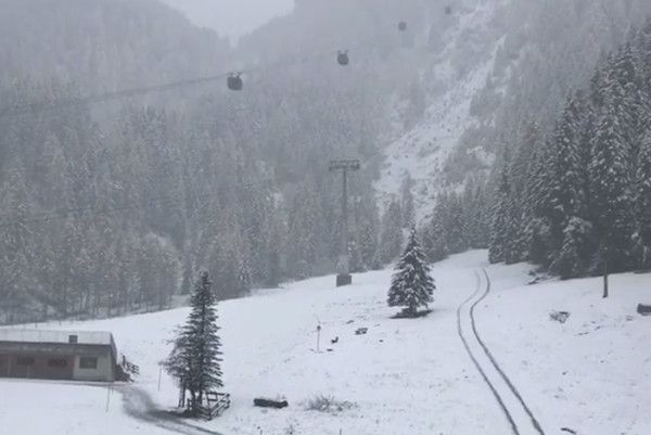 Live: het sneeuwt in Oostenrijk - winterbeelden 27 okt. 2018