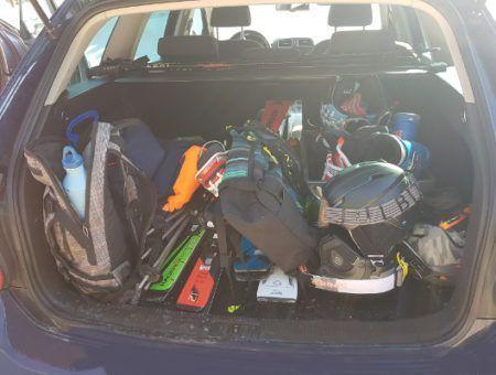 Met de auto op wintersport naar Oostenrijk? dit moet je meenemen!