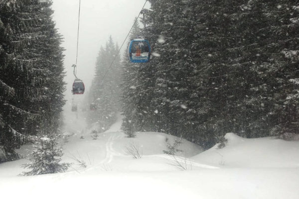 LIVE: 6 sneeuwfoto's waar elke wintersporter blij van wordt!