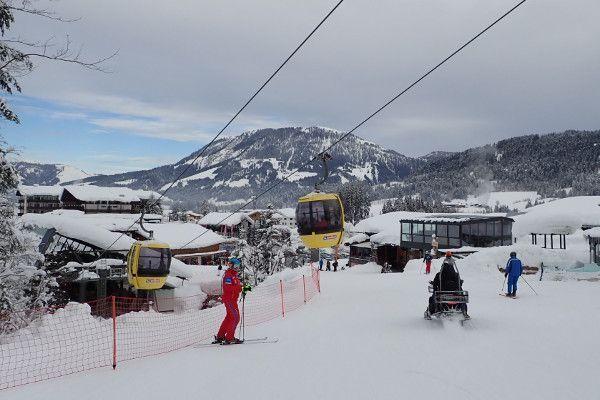 Fieberbrunn - skilift en piste