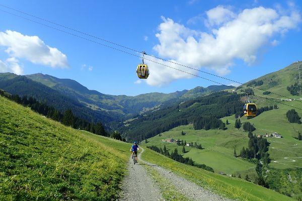 Beleef een sportieve vakantie in Saalbach Hinterglemm.