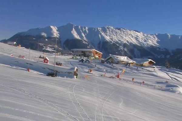 Een mooie wintersportdag in Fiss (bron: Fiss Livecam)
