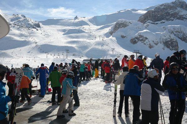 Gezellige wintersport met een groep in Ischgl.