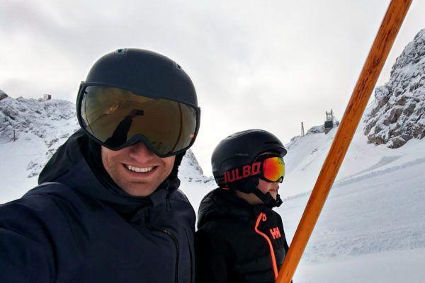 Julbo Globe skihelm met vizier voor dames en heren.