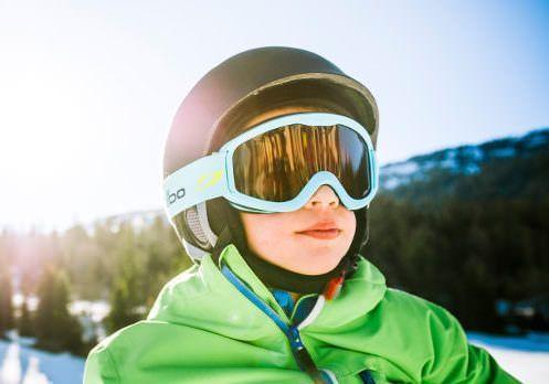 Skibril - jongetje met Julbo sneeuwbril