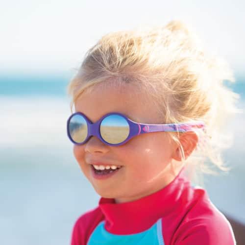 zonnebril voor kind van 2 jaar tot 4 jaar.