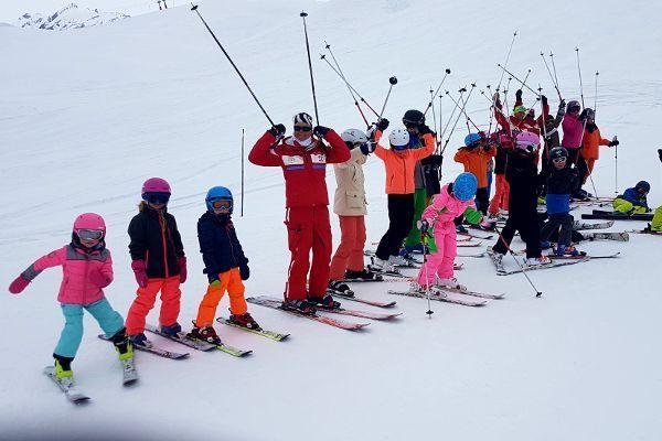 skiles tijdens Kids Ski Week in Tignes