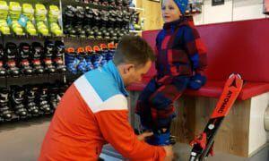 Kinderskischoenen: waar let je op bij de skischoenen van je kind?