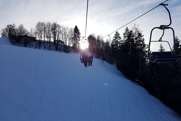 laatste lift van 4 bergen skironde in schladming