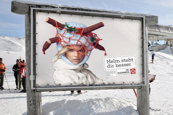 een skihelm staat je beter campagne in Lech