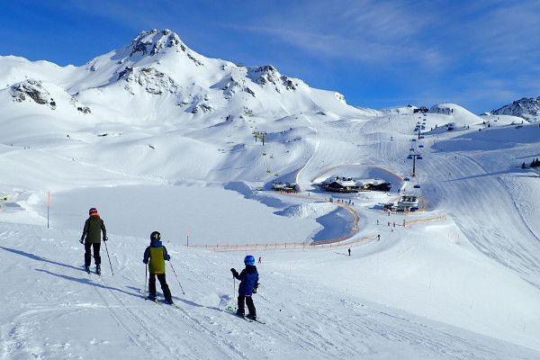 Makkelijk skigebied met veel blauwe pistes Obertaueren