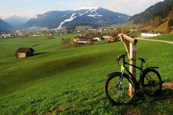wintersporters zomer - mountainbike