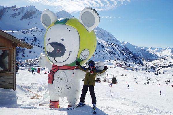 Bobby de mascotte van Obertauern