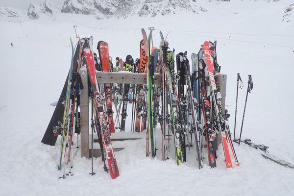 Besparen op kosten voor online skiverhuur