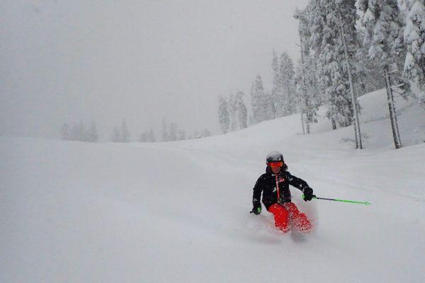 Helly Hansen - ski jas - Er lag behoorlijk wat poeder op de piste.