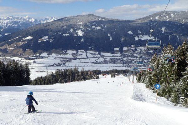 Lege piste in Radstadt - wintersport in maart