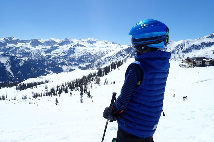 Is een skihelm verplicht voor kinderen?