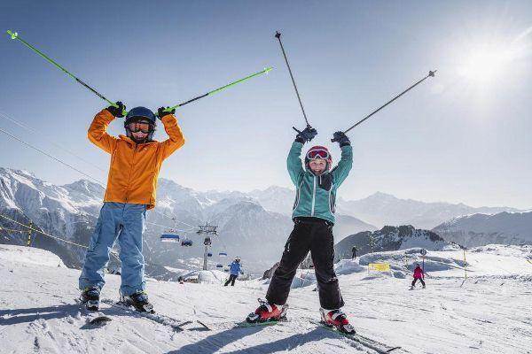 Autovrij wintersportdorp Riederalp in Zwitserland