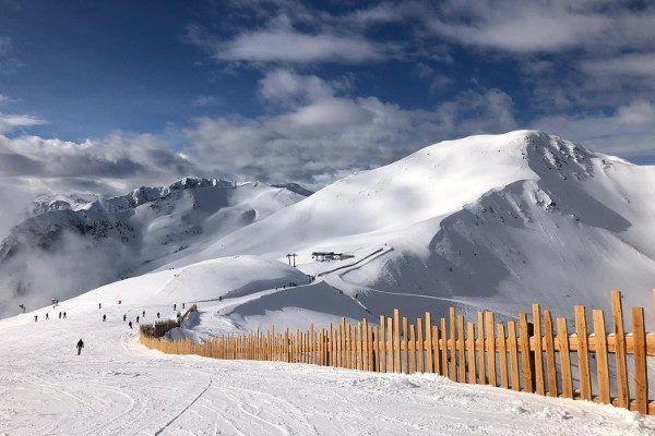 Op de Zwölferkogel ligt een dik pak sneeuw.