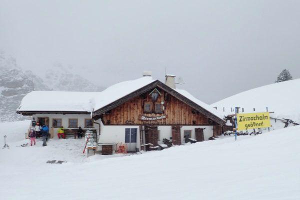 Hutje in sneeuw