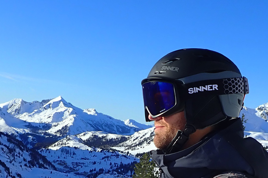 Skihelm Sinner Moonstone en skibril Sin Valley