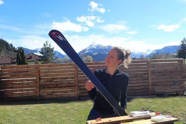 afscheid van de wintersport betekend onderhoud aan skimateriaal