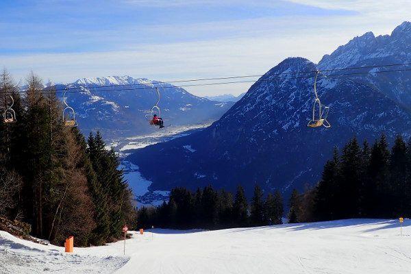 Stoeltjeslift in het kleine skigebied Hochstein, Lienz, Oost-Tirol