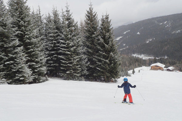 Lege piste in klein skigebied Mieders