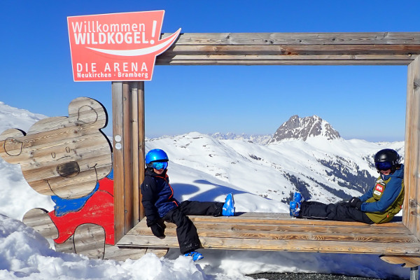 Winterdromen: familie wintersport in skigebied Wildkogel Arena