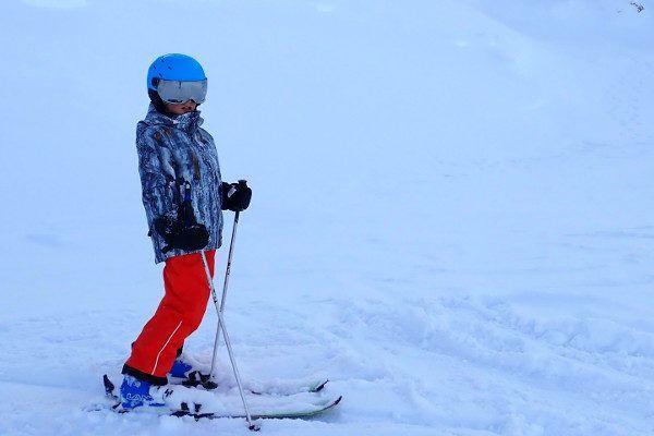 De beste kinder skihelm met vizier - test 2020