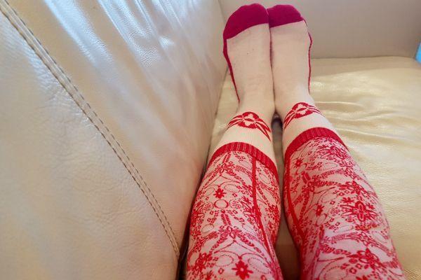 draag nooit twee paar sokken over elkaar