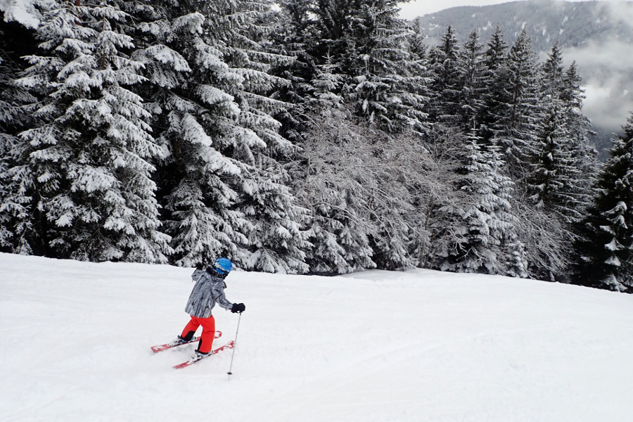 Sneeuw in Eben - Nolan in Reima kleding