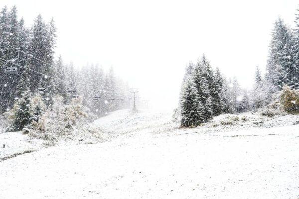 Zelfs in het dal (865 meter) sneeuwt het