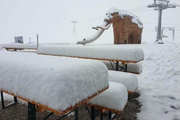LIVE: dik pak sneeuw in de Alpen (en dat in augustus)