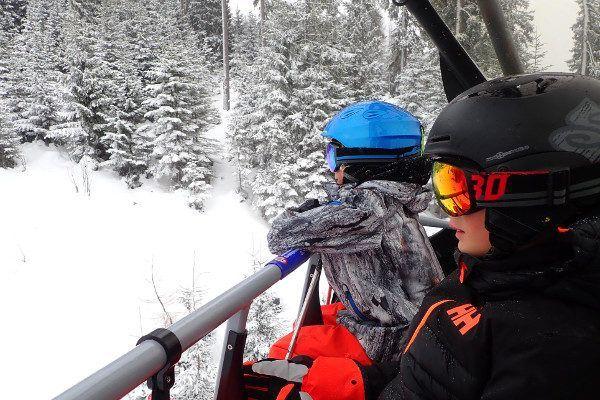 Sneeuw in Eben. Skilift met Julbo skibrillen