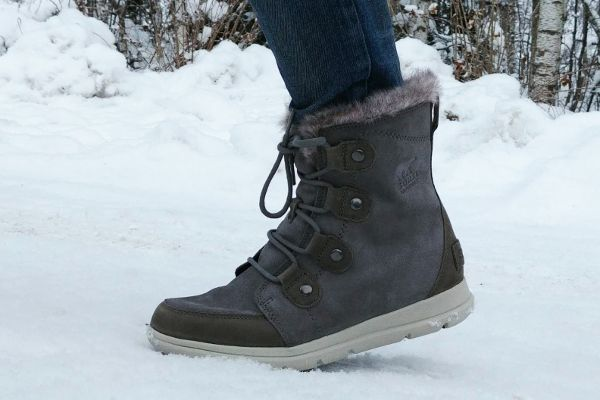 snowboots op wintersport