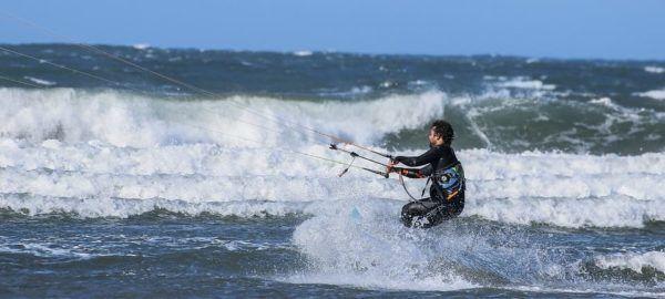 Zomer activiteit wintersporters - surfen