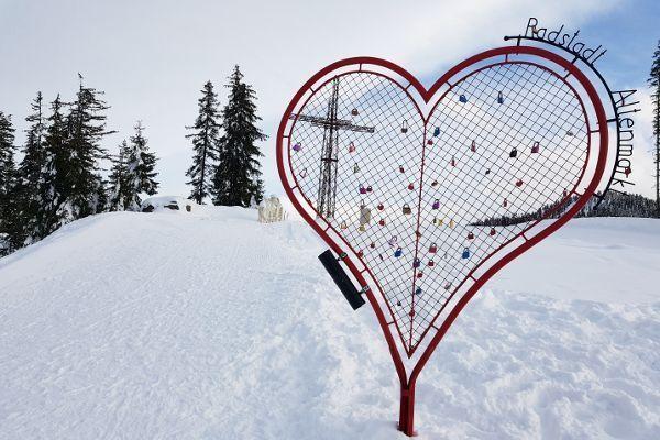 14 romantische acties voor Valentijnsdag op wintersport