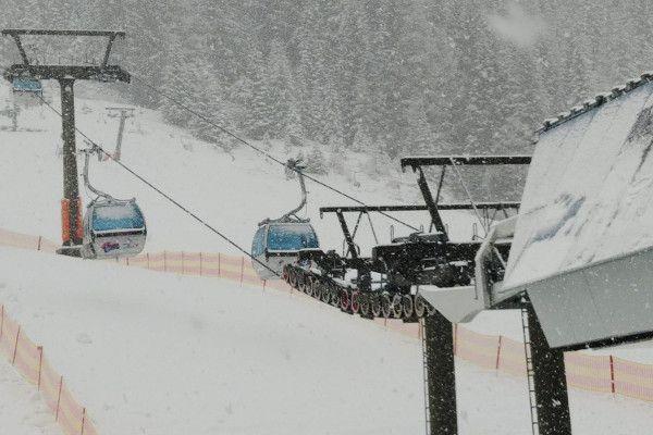 Live: zo hard sneeuwt het in Oostenrijk - 10 dec. 2018