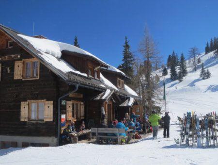 Wintersport in april – goedkoop genieten van de laatste sneeuw