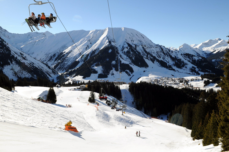 Wintersportweerman  alpenweer sneeuwhoogte en
