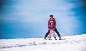 Vijf tips voor de eerste wintersport met kinderen