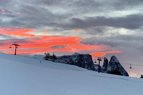 Zonsondergang bij de 'Schlern' (Foto: Anke van Deest)